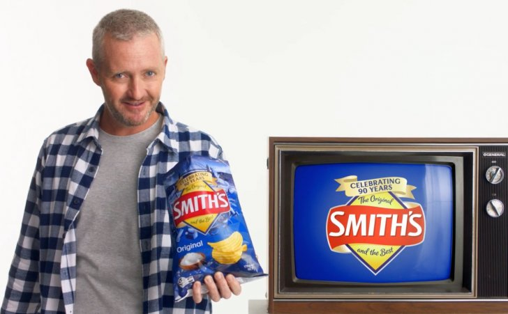 Stephen Curry celebrating with Australia's oldest chip brand.